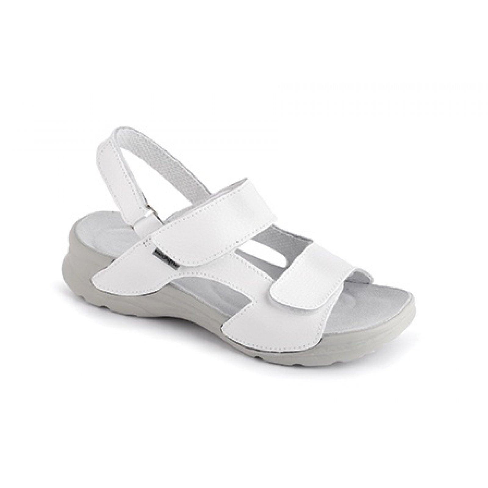 db72d1ca31 dámské sandály Medistyle Mirka bílé - KARS