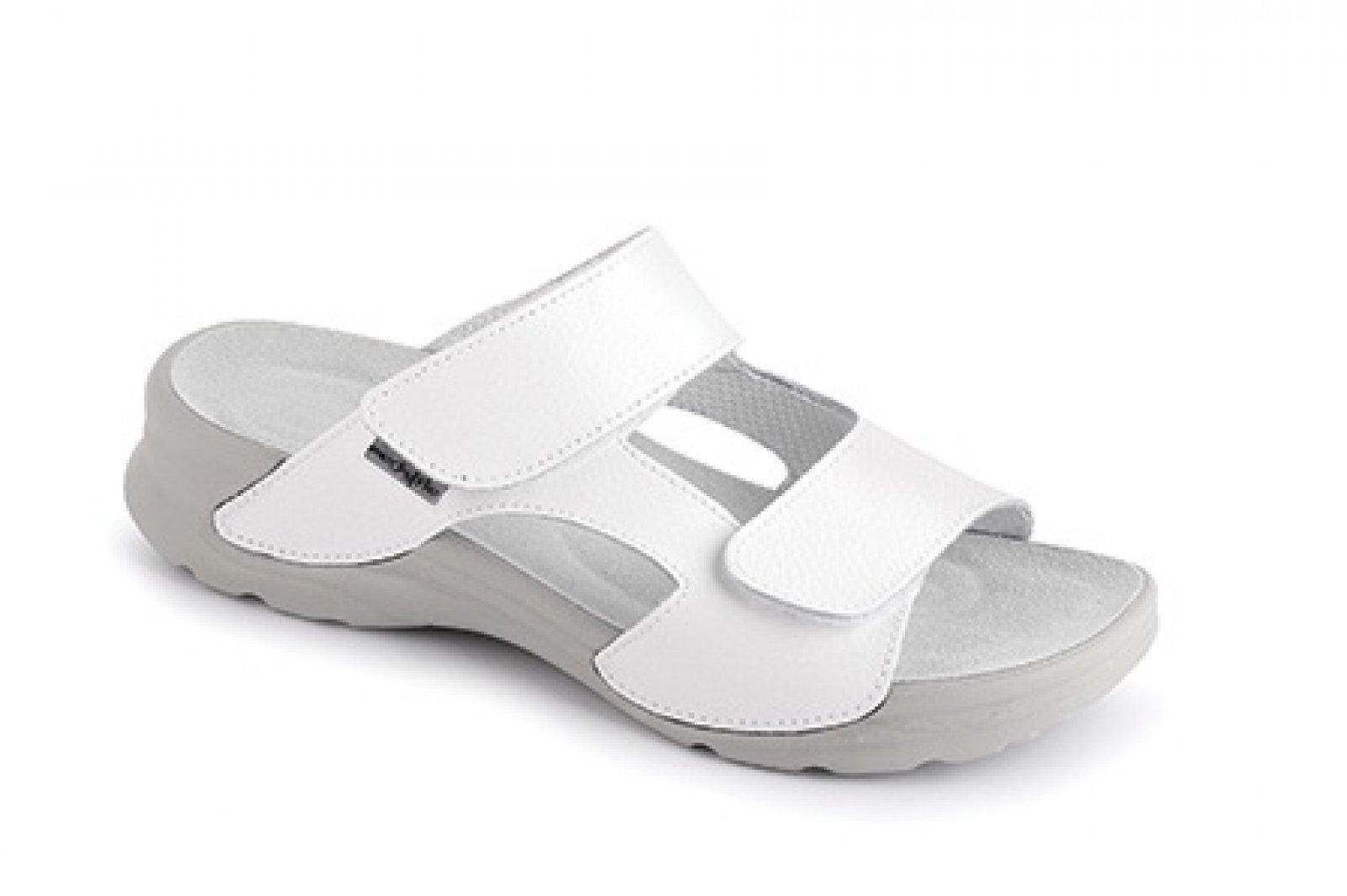 dámské pantofle Medistyle Mirka bílé - KARS b4711ecb1c